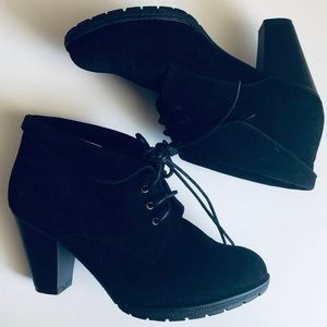 Shoes - Black Faux Suede Rubber Soled Laced Heeled Booties